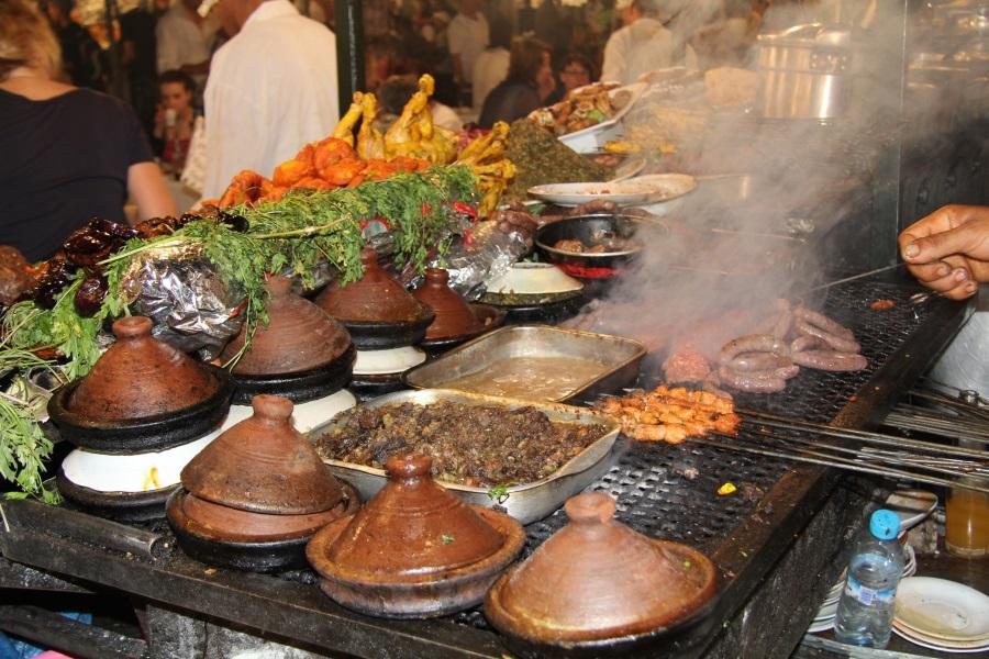 Abends auf dem Djama al Fna in Marrakesch