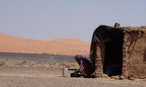 tag5 nomadenbehausung in der wüste