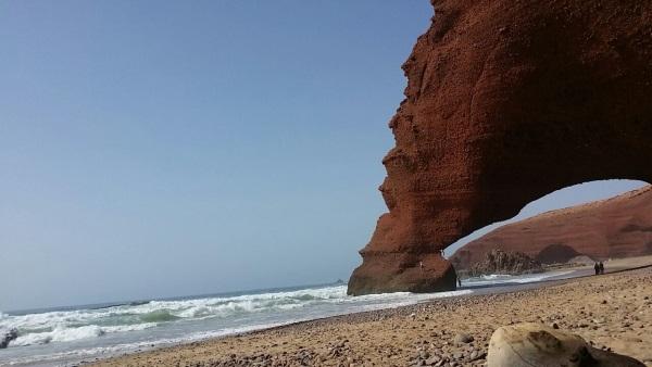 Wunderschöne Felsbögen bei Leghzira